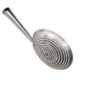 Металлическая посуда-шумовка 28 см.